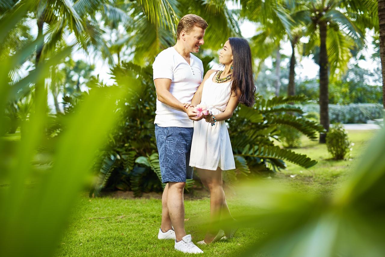 她如何面對丈夫的「星期二太太」?(pixabay.com)